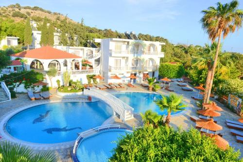 Click Here to go to Pefkos Garden Hotel