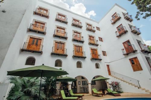 Hotel Meson del Marques Photo