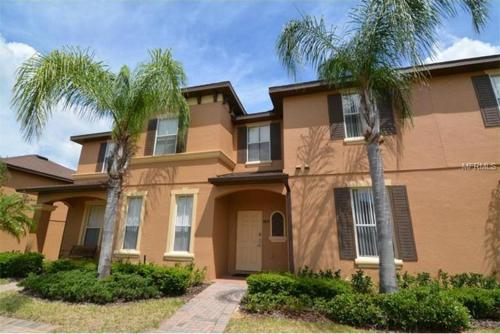 Premium Villa in Regal Palms - CA32 Photo
