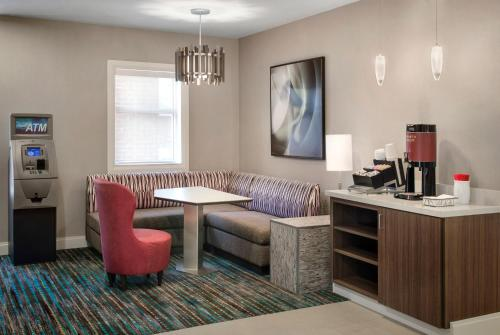 Residence Inn Newark Elizabeth/Liberty International Airport Photo
