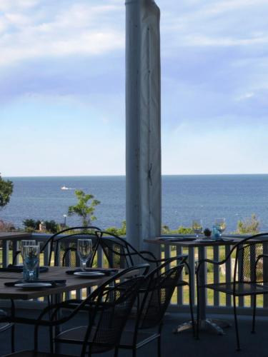 Emerson Inn by the Sea Photo