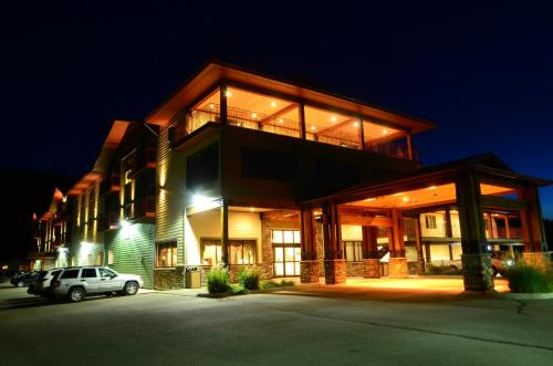 Photo of Best Western Plus Flathead Lake Inn & Suites hotel in Kalispell