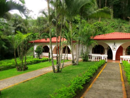 Hotel Rio Perlas Spa & Resort Photo