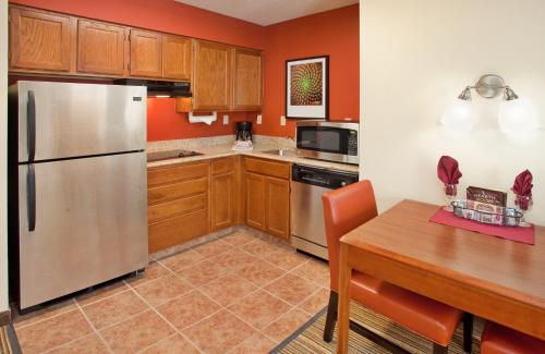 Residence Inn Houston Sugar Land Photo