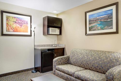 Days Inn and Suites Page/ Lake Powell Photo