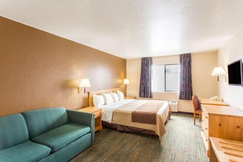 Days Inn Salt Lake City South Photo