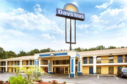 Days Inn Covington - Covington, GA 30014
