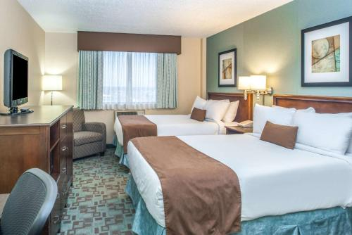 Ramada Hotel Saskatoon Photo