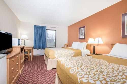 Days Inn Black River Falls Photo