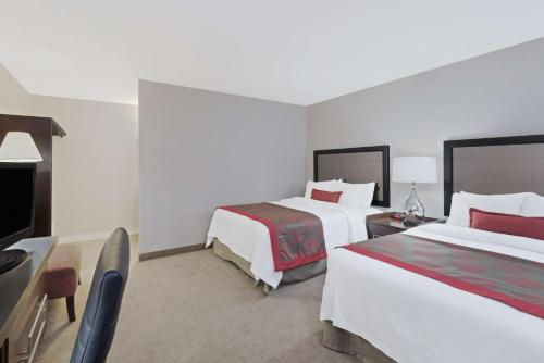 Ramada Boston Photo