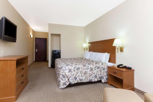 Days Inn San Antonio at Palo Alto Photo