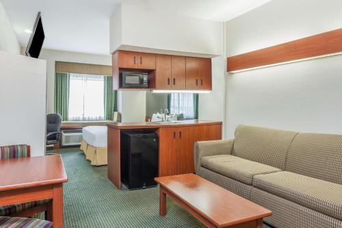 Days Inn Kansas City Photo