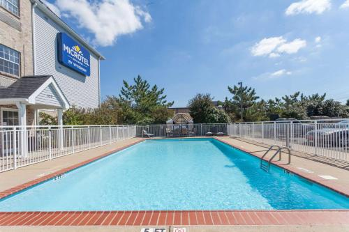Microtel Inn & Suites by Wyndham Nashville Photo