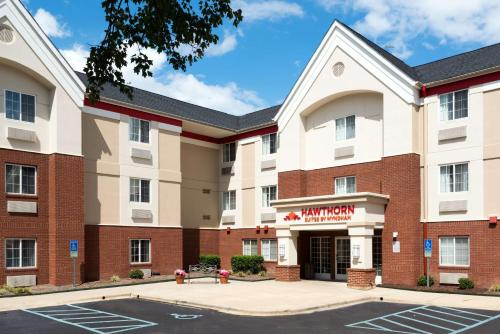 Hawthorn Suites by Wyndham-Raleigh Photo