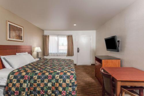 Travelodge Hemet Photo