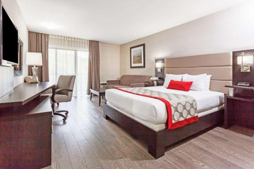 Ramada Ottawa on the Rideau Photo