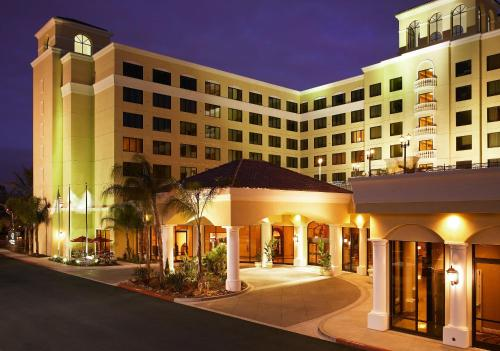 Doubletree Suites By Hilton Anaheim Resort/convention Center
