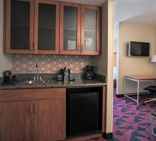 SpringHill Suites by Marriott Virginia Beach Oceanfront Photo