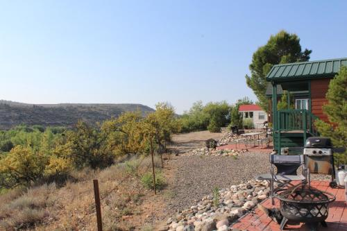 Verde Valley Canyon View Cottage 5 Photo