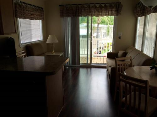 Fort Myers Beach Resort One-Bedroom Park Model 1 Photo