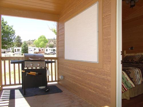 Verde Valley Deck Cottage 7 Photo