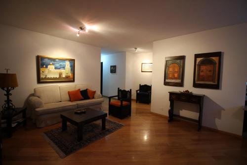 Apartamento Plaza San Marcos Photo