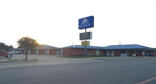 Americas Best Value Inn - Ellsworth, KS 67439
