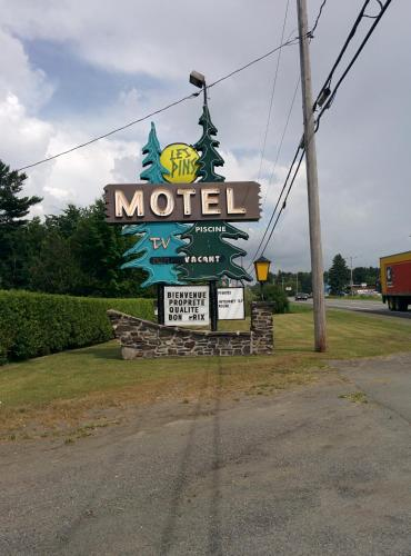 Motel les Pins Photo