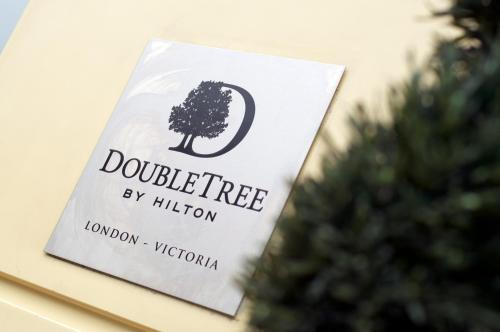 DoubleTree by Hilton London Victoria photo 8
