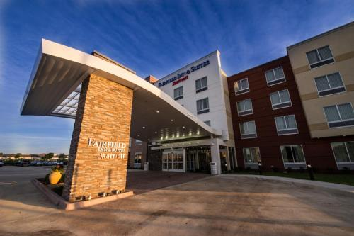 Fairfield Inn & Suites by Marriott Dallas Plano North Photo