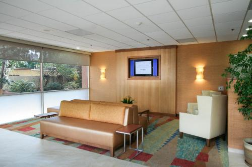 Best Western Plus Gateway Hotel photo 24