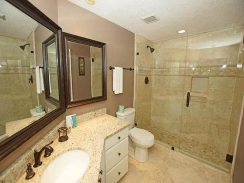 4401 Windsor Court Villa Photo