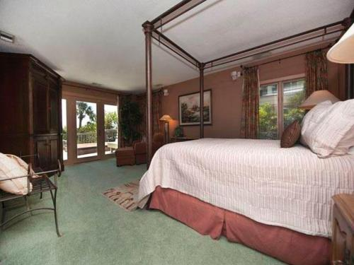 16 Brigantine Holiday Home Photo