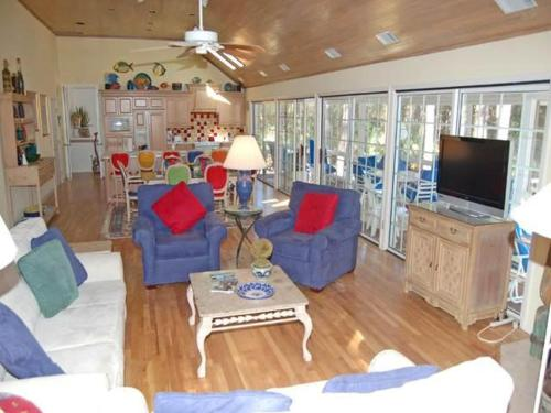 4 Dinghy Holiday Home Photo