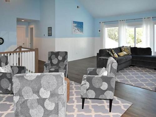 52 North Forest Beach Holiday Home Photo