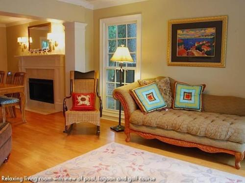 24 Red Maple Holiday Home Photo