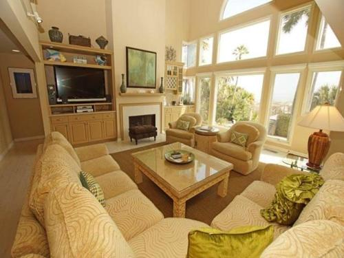 10 Ketch Holiday Home Photo