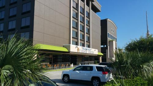 Imperial Swan Hotel and Suites Lakeland Photo