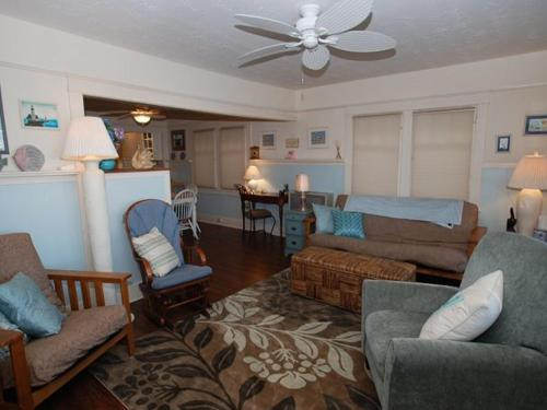 East Edgewater (68158) Apartment Photo