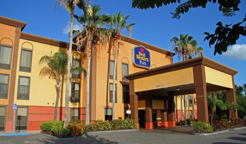 Best Western PLUS Universal Inn Photo