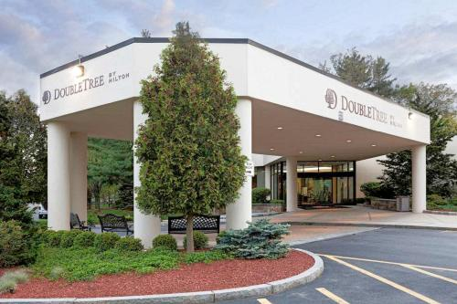 DoubleTree by Hilton Boston/Bedford Glen