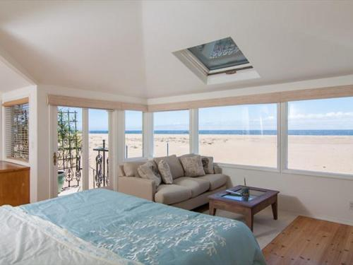 1002 East Oceanfront Photo