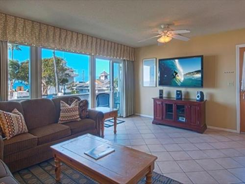 West Oceanfront (68383) Holiday home Photo