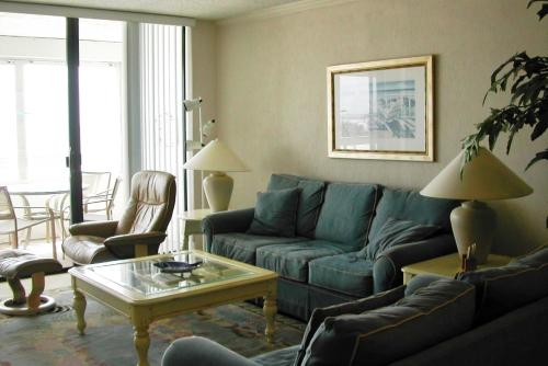 Redington Towers Iii 3-D Apartment Photo