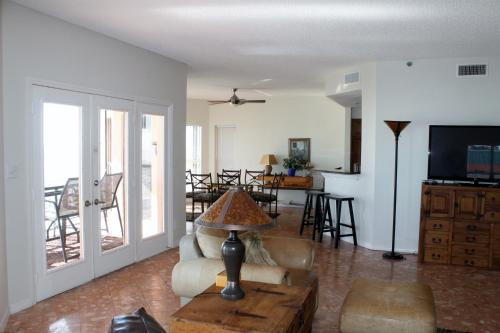 Beach Palms 504 Apartment Photo