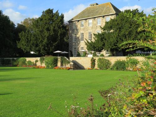 Headlam Hall Hotel, green hotel in Headlam, United Kingdom