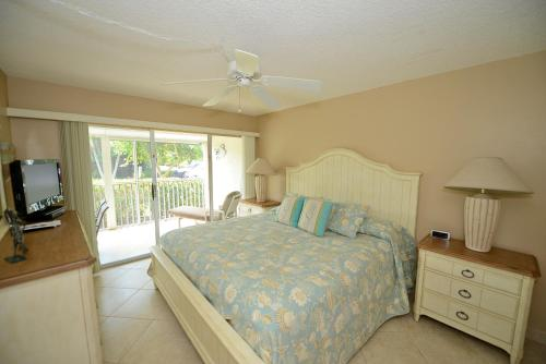 Sanibel Siesta on the Beach Unit 202 Photo