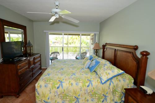 Sanibel Siesta on the Beach Unit 306 Photo