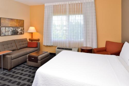 Towneplace Suites By Marriott Sacramento Cal Expo - Sacramento, CA 95815