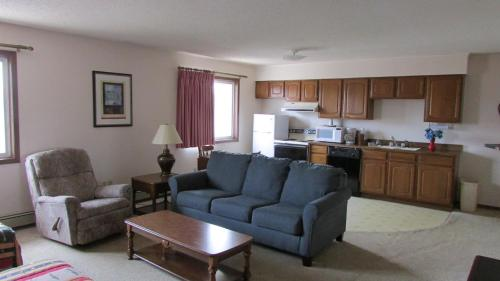 Americas Best Value Inn Escanaba Photo